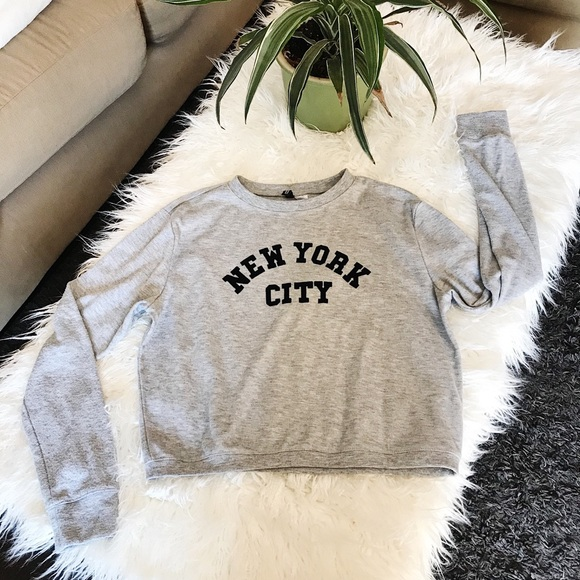 H&M New York City Crewneck Sweater Comfortable